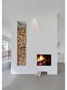 De haard aan: de mooiste open haarden van het web Scandinavian Fireplace, Scandinavian Interiors, Scandinavian Style, Stone Fireplace Designs, Interior Design Examples, Open Fireplace, Fireplace Ideas, Rustic Fireplaces, Minimalist Interior
