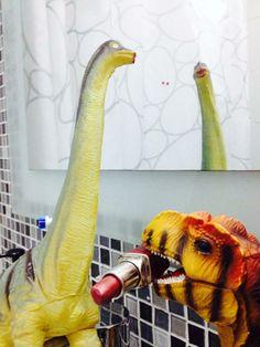 It's been great! lipstick on the brachiosaurus
