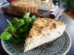 A typical German dish but nevertheless incredibly delicious: Sauerkraut Tarte
