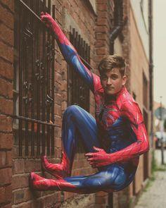 Spiderman Suits, Spiderman Cosplay, James Davies, Costume Ideas, Costumes, Black Costume, Cos Play, Mj, Barbie