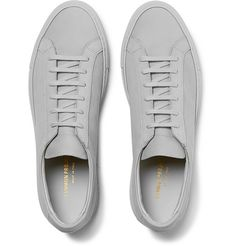 Sneakers outfit men common projects 60 ideas for 2019 Sneakers Outfit Men, Sneakers Fashion Outfits, Grey Sneakers, Casual Sneakers, Casual Shoes, Sneakers Design, Mens Grey Shoes, Minimalist Sneakers, Men's Fashion