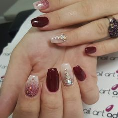Pin by DaniArtNails on Dani Art Nails in 2019 Glitter Gel Nails, White Acrylic Nails, Glam Nails, Best Acrylic Nails, Fancy Nails, Beauty Nails, My Nails, Wine Nails, Pretty Nail Art