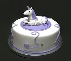 OMG, I want this one for me!   Unicorn Birthday Cake