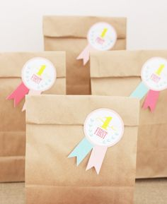 pony party favor bags {monkeychoo}