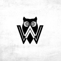 Owl logo for Who's Advertising by Chase Maclaskey Design <3