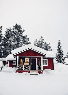 Fotojournal: Winter im schwedischen Lappland Lappland, Winter Cabin, Winter House, Winter Snow, Cozy Winter, Winter Time, Cabana, Visit Sweden, Forest Cabin