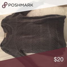 Gray loft sweater! Great condition Gray three quarter length sleeve sweater! Perfect for fall :) LOFT Sweaters Crew & Scoop Necks