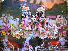 Sri Sri Krishna Balaram Iskcon Vrindavan, Photos For Facebook, God Pictures, Radhe Krishna, Wallpaper Backgrounds, Wallpapers, Gods And Goddesses, Flower Dresses, Deities