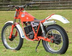 Bikes in my books: Lauren's Fantic 240 Trial. Mx Bikes, Dirt Bikes, Cool Bikes, Moto Trial, Trial Bike, American Motorcycles, Cars And Motorcycles, Moto Cross
