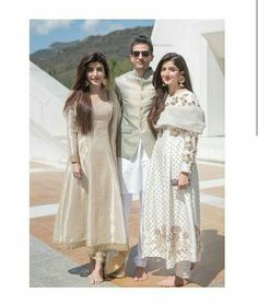 Siblings have a strange bonding. The first one is the most dominant one, middle one tries to be both but ends up being someone different… Asian Wedding Dress Pakistani, Pakistani Formal Dresses, Pakistani Dress Design, Indian Wedding Outfits, Pakistani Outfits, Indian Dresses, Indian Outfits, Nikkah Dress, Shadi Dresses