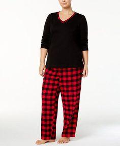 Buffalo check plaid pajama set #Plussize #plussizefashion #buffaloplaid #buffalocheck #lumberjack #hipster #cozy #pajamas #flannel #promoted