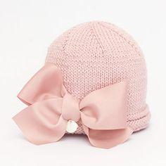 Put a bow on it Baby Hats Knitting, Knitting For Kids, Baby Knitting Patterns, Crochet For Kids, Baby Patterns, Knitting Projects, Crochet Projects, Knitted Hats, Knit Crochet