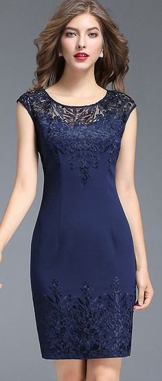 Chic O-Neck Embroidery Mesh Stitching Bodycon Dress