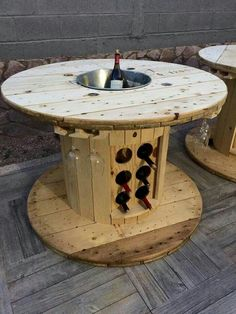 Transformed wooden spool into a table - furniture Diy, # transforms a # wooden s. - Transformed wooden spool into a table – furniture Diy, # transforms a # wooden spool # furniture - Wooden Spool Tables, Wooden Cable Spools, Cable Spool Tables, Pallet Furniture, Outdoor Furniture, Wood Spool Furniture, Furniture Ideas, Into The Woods, Diy Holz