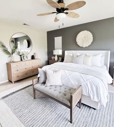 Minimalist Home Interior .Minimalist Home Interior Master Bedroom Design, Home Decor Bedroom, Cozy Bedroom, Bedroom Designs, Master Bedrooms, Bedroom Neutral, Simple Bedrooms, Master Bedroom Furniture Ideas, Bedroom With Couch