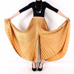 Pleated pants heaven!!! Jeanne Marc
