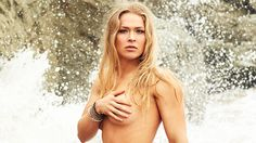 It's official, Ronda Rousey may be the baddest girl on the planet. She's an actress, she does some modelling but she's mostly known as a great MMA fighter. Her UFC . Ronda Rousey Pics, Ronda Rousey Hot, Sylvester Stallone, Rowdy Ronda, Ufc Fighters, Si Swimsuit, Bikini Pictures, Celebs, Celebrities