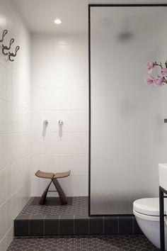 Bureaux Architects  Bathroom Renovation Auckland Photography: David Straight