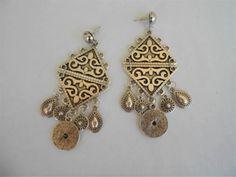 tribal earrings,boho jewelry,bohemian jewelry,ear climpers,ethnic earrings,handmade jewelry,silver-platted earrings,geometric earrings