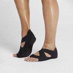 Nike Studio-Wrap-4 as seen on Jessica Alba