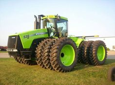 Steiger 535.Making these tractors lime green is not a bad ideas