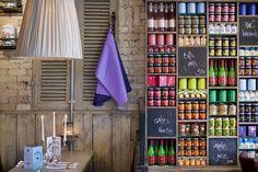 retail display wall #design #retail #billsrestaurant #shelving