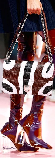 Dior Store, Dior Clutch, Dior Sunglasses, French Fashion Designers, Fall 2015, Christian Dior, New Look, Detail, Bags