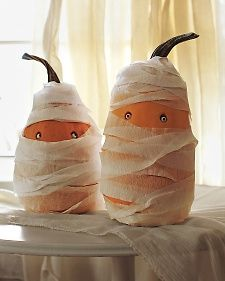 Mummy Pumpkins from Martha Stewart Living #Halloween #fall #DIY