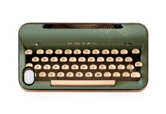 Vintage Typewriter  ( 20 Retro iPhone Covers That Celebrate Vintage Tech )