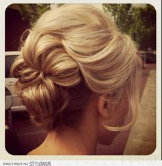 updo hair styles for long hair