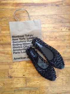 Finally purchased the American Apparel Flat Lattice Jelly Sandal in Black !! #americanapparel