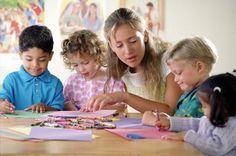 ¿Qué hacen los niños en el preescolar?   eHow en Español