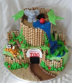 zoo birthday cake - love this cake how cute also for a baby shower cake Zoo Cake, Jungle Cake, Jungle Party, Safari Party, Safari Theme, Zoo Birthday Cake, Animal Birthday, Diy Birthday, Birthday Ideas