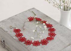 Handmade tatted necklace in bright red a delicate flower by smaks