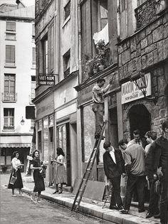 Antique and Classic Photographic Images: Paris, 1950s (rue de la Huchette)