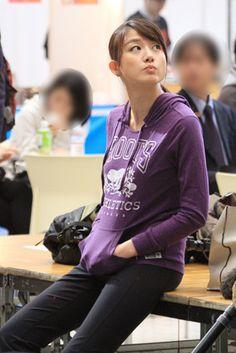 写真はフジ・大島由香里アナ。2012年から夜の報道番組『ニュースJAPAN』『あ - Yahoo!ニュース(週プレNEWS)