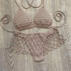 Lingerie Crochet, Motif Bikini Crochet, Crochet Romper, Crochet Crop Top, Crochet Clothes, Knit Crochet, Crochet Fashion, Diy Fashion, Costumes Faciles