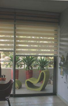 Atendiendo a la tecnología sustentable y recuperación de materiales se desarrollaron telas para cortinas roller, romanas y paneles orientales con fibras naturales, algodones y gasas, novedad en el mercado de cortinas de sistema Gorriti 4700 - esq. Malabia (54-11) 4833-3106 / 4776-4200 cortinas@melinteriores.com.ar Palermo Soho - Buenos Aires - Argentina