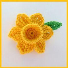 daffodil crafts | Crochet daffodil brooch - Folksy | Craft Juice