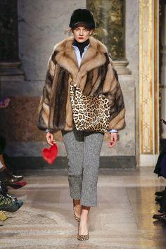 Simonetta Ravizza Fall 2018 Ready-to-Wear Collection - Vogue