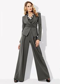 glamour suit, looks retro, plus size