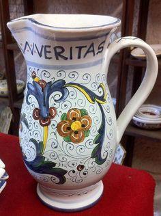 https://rinascenza.wordpress.com/2015/05/05/in-vino-veritas-brocca-da-750-cc/
