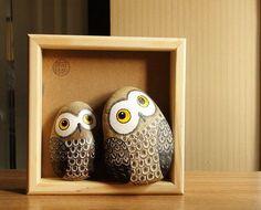 石趣部落原创手绘石头 创意礼物 一对可爱的猫头鹰 萌物...Two alert owls...