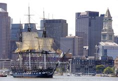 O USS Constitution, o mais antigo navio de guerra ainda flutuante, vai passar por três anos de reformas no Charlestown Navy Yard, em #Boston (EUA), a partir de quinta-feira (21). O público poderá acompanhar o trabalho. (Foto: Stephan Savoia - 29.ago.2014/AP)
