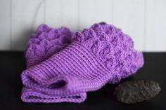 Virkade handledsvärmare - Diagnos:Kreativ #virka #crochet #mittens