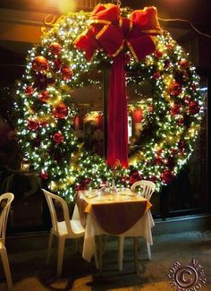What a Christmas wreath!