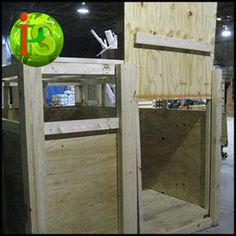 Custom Crating for animals made by Packing Service, Inc. We provide on-site Moving Services anywhere nationwide. Call or visit us online today to receive a Guaranteed Flat Rate Quote! www.PackingServiceInc.com 888-722-5774