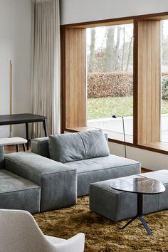 sofa designed by Dick Spierenburg Dinner With Friends, Sofa Design, Sofas, 18th, Interior, Modern, De Stijl, Furniture, Homes