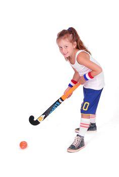 Kies je golf club en probeer een hole in one te slaan of speel tijdens het hockeyen de hockey puck in het doel van je tegenstander en win de hockeywedstrijd.