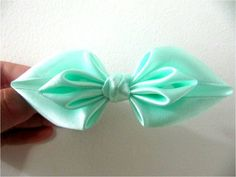 Moños para el cabello en cintas dobladas diseño de hojas dobles